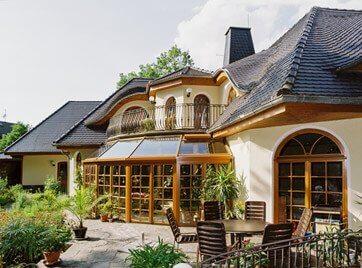 Hausbau modern satteldach  Massivhäuser & Villen planen und bauen mit Stilhaus