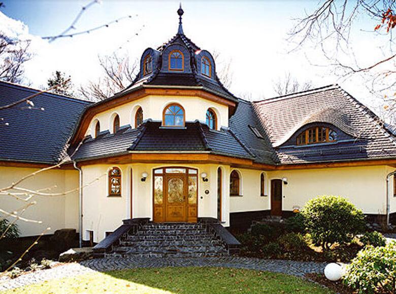massivhaus grunewald villa im bayerischen landhausstil. Black Bedroom Furniture Sets. Home Design Ideas
