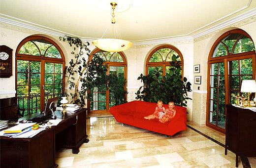 Massivhaus grunewald villa im bayerischen landhausstil for Stilhaus berlin