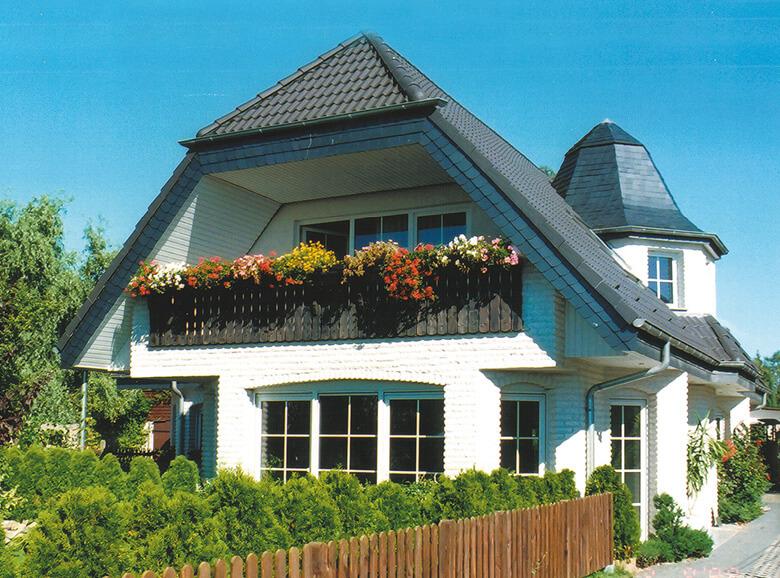 Einfamilienhaus mit einliegerwohnung im keller  Doppelhäuser bauen als Generationshäuser