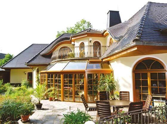 individuelles luxushaus exklusiv und nachhaltig bauen. Black Bedroom Furniture Sets. Home Design Ideas