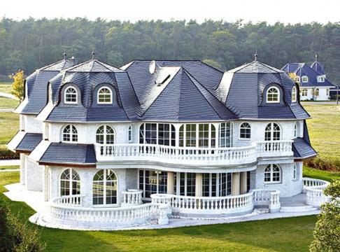 fertighaus bungalow mit garage oder einfamilienhaus. Black Bedroom Furniture Sets. Home Design Ideas