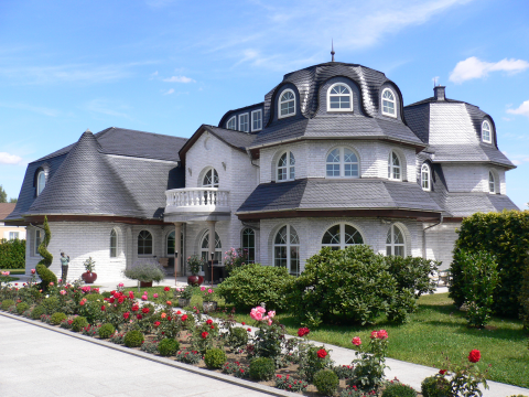 traum haus villa bauen als fertighaus o massivhaus als. Black Bedroom Furniture Sets. Home Design Ideas