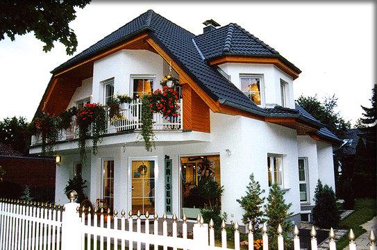 Muster Haus Mit Garage ~ Die neuesten Innenarchitekturideen